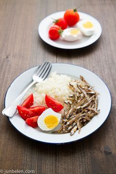 salted duck eggs (w/ recipe), garlic fried rice, tomatoes and dried anchovies...YUM!