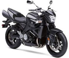 Motor - z pewnością ciekawszy sposób transportu niż rower xD ^^  W dodatku bardzo sprawdzi się podczas zwiedzania okolicy ;)