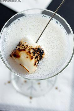 Christmas Campfire Martini | Daydreamer Desserts