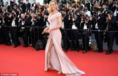Uma Thurman, 47, shows off her age-defying good looks in Cannes #dailymail