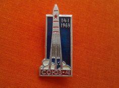 Vintage Soviet  pin badge  rocket Soyuz-4 1969 USSR by FoundinUSSR