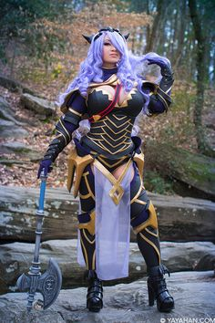Asian cosplayer Yaya Han as Camilla (Fire Emblem): outfit required 200 hours of effort Cosplay Armor, Epic Cosplay, Amazing Cosplay, Cosplay Outfits, Cosplay Girls, Cosplay Ideas, Costume Ideas, Anime Costumes, Girl Costumes