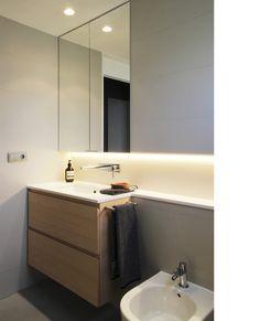Diseño y reforma de apartamento. Madrid. Iglesias-Hamelin arquitectos c.b. Baños.