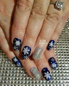 Christmas Nail Designs, Christmas Nail Art, Professional Nail Designs, Nail Bar, Bling Nails, Nail Trends, Winter Nails, Concept, Lady