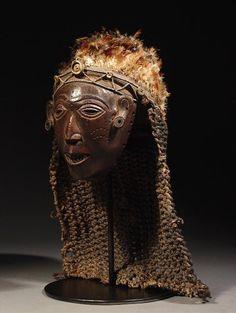 Luvale - Lwena Mwana Pwevo mask - RAND AFRICAN ART