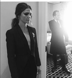We were thrilled when Keri Russell's make up artist, Tina Turnbow, happily shared her Met Gala snaps, giving us the details on that dramatic cat eye Elizabeth Jennings, The Americans, Long Wear Lipstick, Long Lasting Lipstick, Ronald Reagan, Long Black Blazer, Matthews Rhys, Keri Russell, Zoe Kravitz