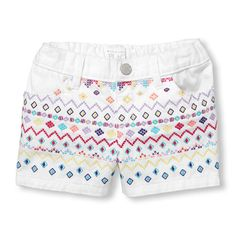 A little embroidery adds some free-spirited charm to these shorts!