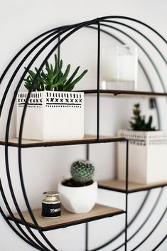 Budget Decorating. Bargain priced finds can make a huge effect on a stylish home on a tight budget! Some ideas to start your creativity but lower costs before you actually spice up or makeover your house. 88167100 Easy Home Decorating Ideas