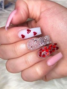 Amazing pink valentines day nails with red hearts and glitter! Valentine's Day Nail Designs, Cute Acrylic Nail Designs, Best Acrylic Nails, Heart Nail Designs, Red Nails With Glitter, Glittery Acrylic Nails, Holiday Acrylic Nails, Beautiful Nail Designs, Nails Design