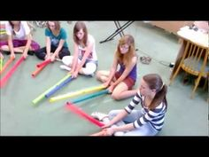 The Pink Panter, Boomwhackers Arrangments - Uirá Kuhlmann - Escola Germinare Teaching Procedures, Music Education Activities, The Lion Sleeps Tonight, Youtube Songs, Middle School Music, Piano Teaching, Elementary Music, Music Classroom, Music Lessons