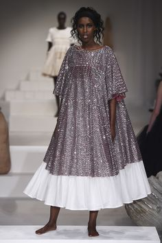 Molly Goddard Spring 2018 Ready-to-Wear Fashion Show Collection