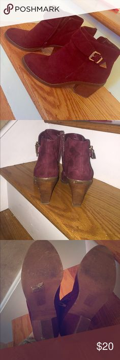 Beautiful burgundy  shoes❤ Very comfy and pretty, wore them once got lots of compliments on them, selling them because they're a little tight on me Shoes Wedges