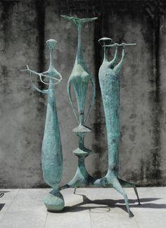 Jorge Vieira, Sem título, 1957, bronze  Sculptures for the Comptoir Suisse,
