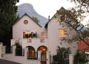 Four Rosmead Boutique Guesthouse Cape Town Boasting panoramic views of Cape Town and its surroundings, this exclusive guest house is set on the slopes of Table Mountain and combines classic style with contemporary flair. Cape Town Accommodation, Holiday Lettings, Beste Hotels, Table Mountain, Rental Property, Property Management, My Dream Home, South Africa, Places To Go