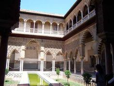 L'Alcazar - Séville Europe, Places To Visit, Camping, Mansions, House Styles, Gardens, Sevilla, Countries, Zaragoza