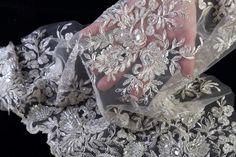 dentelle tissu pour robe de mariée perlée brodée avec pierres cousues main : Tissus Habillement, Déco par maryzlatbrides