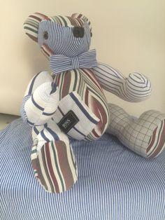 Herinneringsberen Balou, gemaakt van opa's overhemden met als wensje: strikje en merkje Boss. Mooi aandenken. www.creacrola.nl