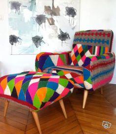 chauffeuse basse carthage kilim vintage et poufs bas carr s rock the kasbah philippe xerri www. Black Bedroom Furniture Sets. Home Design Ideas