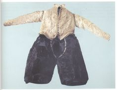 Pinked linen burial doublet and breeches of Antonello Petrucci, ca. 1585, from his tomb in St. Domenico Maggiore. Naples, Italy.