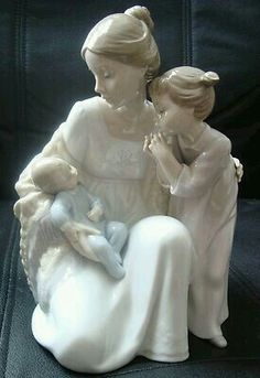 Mother and Children | Lladro