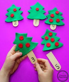 Teach Your Child to Read - Christmas Counting Activity for Preschool - Give Your Child a Head Start, and.Pave the Way for a Bright, Successful Future. Preschool Christmas Activities, Counting Activities, Preschool Themes, Toddler Activities, Preschool Activities, Preschool Bulletin, Preschool Art, Preschool Worksheets, Christmas Math