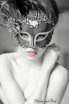 stunning masquerade mask