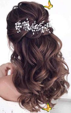 20 Trendy Half Up Half Down Hairstyles  <br> Half up hair do for medium length hair Jeweled hair accessories can make even the simplest 'dos feel a little more special. It's hard... Boho Wedding Hair, Short Wedding Hair, Wedding Hair Down, Wedding Headband, Bridal Hair Vine, Wedding Hair Pieces, Short Hair, Formal Wedding, Wedding Rings