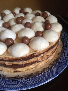 Gateau russe Fabulous Foods, Guilty Pleasure, Good Food, Baking, Breakfast, Cake, Desserts, Recipes, Russian Cakes