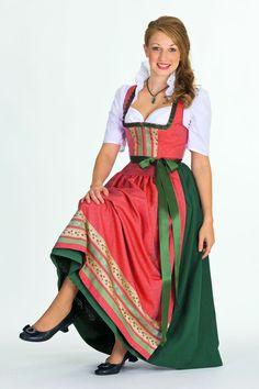 Nicht nur auf dem Oktoberfest, sondern auch für Geburtstage oder Hochzeiten ist ein Dirndl die passende Festkleidung. Foto: djd/Chiemseer Di...