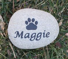 Personalized Pet Memorial Stone for Dog or Cat Grave Marker