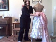How to Calculate yardage for ruffles. Victorian bustle skirts.     http://historicalsewing.com/how-to-calculate-yardage-for-ruffles