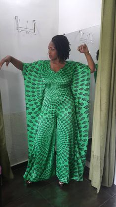 African Inspired Fashion, African Print Fashion, Africa Fashion, Fashion Prints, African Lace Dresses, African Fashion Dresses, African Print Dress Designs, African Wear, Evening Dresses