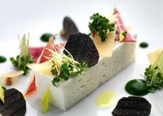 The world's most creative Chefs can be found on this page to present their most original creations… ( Alphabetical order ) Comme Un Chef, Le Chef, Modernist Cuisine, Chefs, Foie Gras, Pharrell Williams, Food Crafts, Savoury Dishes, Food Plating