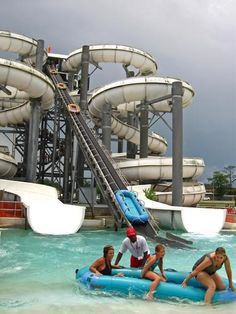 Blue Bayou Waterpark {Baton Rouge, LA} trying to convince my mom that we should do a family vacation here! has The World's Largest Dark BehemothBOWL, The World's Largest Tornado Slide, The World's Largest Water Racer, The World's Largest Sled Slide, The Worlds Largest In-Line Water Slide + TONS MORE!!! www.bluebayou.com