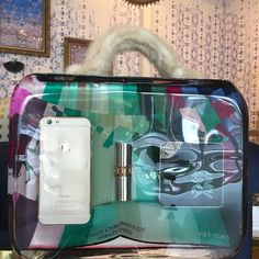 Dream #bag turned sculpture! Fred Allard is the #artist behind this AWEsome #sculpture. What would you find in your glass #purse? Leave your comments below! #wynwoodlab #wynwood #artist #iphone #lipstick #YSL #makeup #fur #fashion http://wynwoodlab.com/