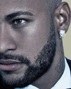 Story in which 2 person fell in love # Fanfiction # amreading # books # wattpad Gorgeous Black Men, Beautiful Men Faces, Handsome Black Men, Messi Neymar, Neymar Football, Ronaldo, Neymar Jr Wallpapers, Neymar Brazil, Beard Game