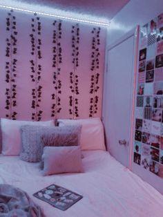 Room Design Bedroom, Room Ideas Bedroom, Home Room Design, Bedroom Inspo, Teenage Room Decor, Bedroom Decor For Teen Girls, Dream Teen Bedrooms, Pinterest Room Decor, Neon Room