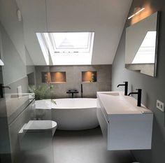 Simple bathroom layout on floor and color play between gray and white walls - Badezimmer Loft Bathroom, Bathroom Layout, Simple Bathroom, Bathroom Interior Design, Modern Bathroom, Bathroom Ideas, Master Bathroom, Bathroom Storage, Bedroom Loft