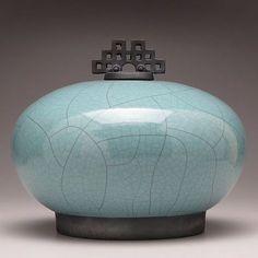 Grand pot en céramique, poterie Raku, balconnet urne en céramique vert turquoise, Raku bocal avec couvercle, grande urne, grand pot, à la main