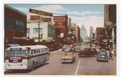 Ouellette Avenue Bus Car Windsor Ontario Canada 1950s postcard