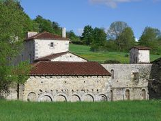 Abbaye Notre-Dame de l'Assomption du Bournet (XIIe siècle) Courgeac, Charente,