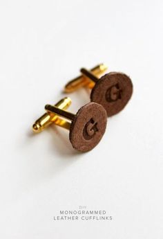 diy monogrammed leather cufflinks - almost makes perfect - sablon Easy Father's Day Gifts, Diy Gifts, Homemade Gifts, Leather Diy Crafts, Leather Projects, Wood Crafts, Diy Projects For Men, Craft Projects, Do It Yourself Fashion