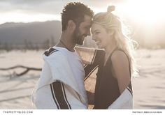 A Simplistic and Informal Outdoor Couple Shoot | Photography by Rebecca von Rehn | Styled Shoot