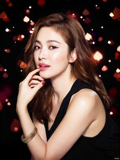Teach you how to put on the divine lipstick, makeup artist tips Song Hye Kyo, Jun Ji Hyun, Korean Actresses, Korean Actors, Korean Celebrities, Korean Beauty, Asian Beauty, Korean Girl, Asian Girl