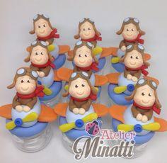 Mini potinhos com decoração em biscuit    PEDIDO MÍNIMO 12 unidades