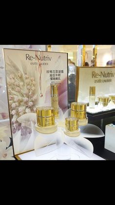 Window Display Design, Pos Display, Counter Display, Display Shelves, Display Showcase, Makeup Display, Cosmetic Display, Ginseng Plant, Pos Design
