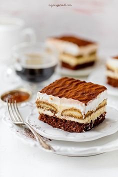 Sweet Tooth, Cheesecake, Deserts, Dessert Recipes, Cupcakes, Sweets, Ethnic Recipes, Foods, Interior