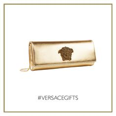 Wear this sparkling gold lamé #Versace Palazzo evening bag to enhance with style your festive allure. #VersaceWomenswear #VersaceGifts