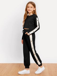 Shop Girls Crop Pullover and Snap Button Pants Set online. SHEIN offers Girls Crop Pullover and Snap Button Pants Set & more to fit your fashionable needs. Dresses Kids Girl, Cute Girl Outfits, Kids Outfits Girls, Cute Outfits For Kids, Cute Casual Outfits, Girls Fashion Clothes, Teen Fashion Outfits, Kids Fashion, Preteen Girls Fashion