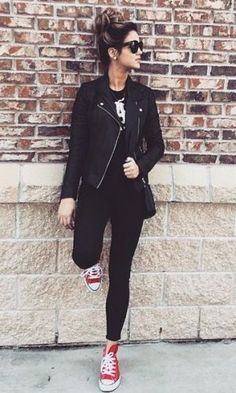Red Converse Outfit, High Top Converse Outfits, Black Dress Outfits, All Black Outfit Casual, All Star Outfit, Converse Haute, Look Legging, Trendy Outfits, Fashion Outfits